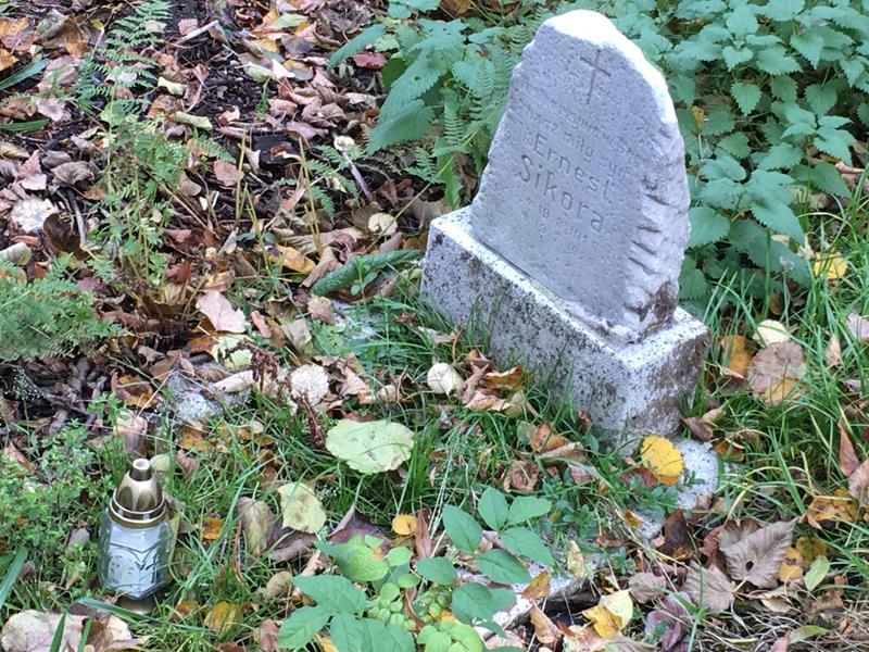 Z wizytą na mikołowskich cmentarzach